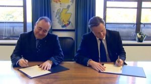Edinburgh Agreement signing